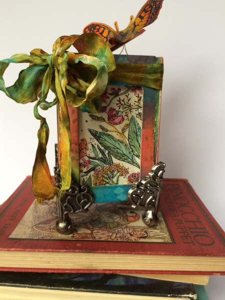 Sizzix Make it 3-D Projects Continue