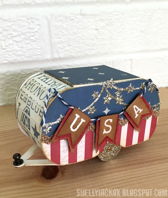 Sizzix Vintage Travel Patriotic Camper by Shelly Hickox