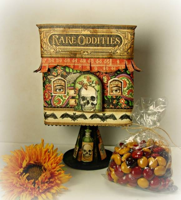 More Hauntings and Holidays Sizzix Projects with Graphic 45
