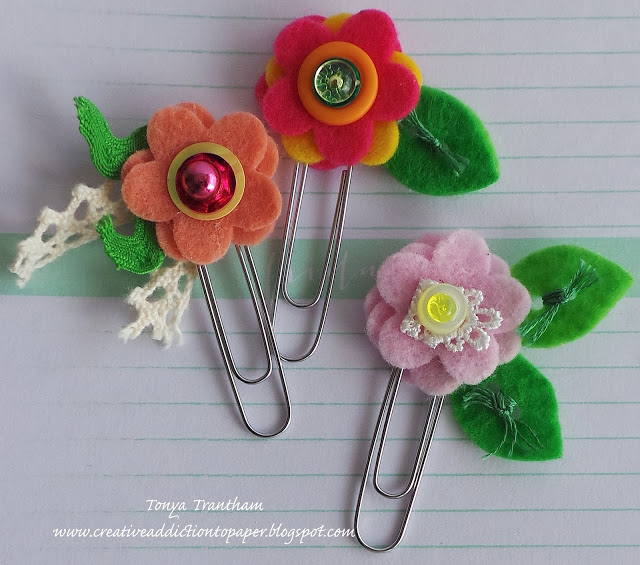 Quick and Easy Sizzix Stitchlits Flower Clips by Tonya Trantham