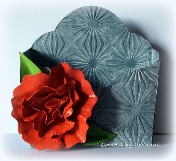 Eileen Hull Paper Flower Party Projects: Faux-Porcelain Flower Pocket Caddy Tutorial by Anne Redfern