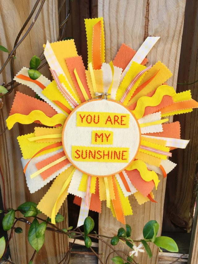 Heartfelt Sizzix Collection with Kunin Felt: Embroidered Sunshine Wall Hanging by Beth Watson