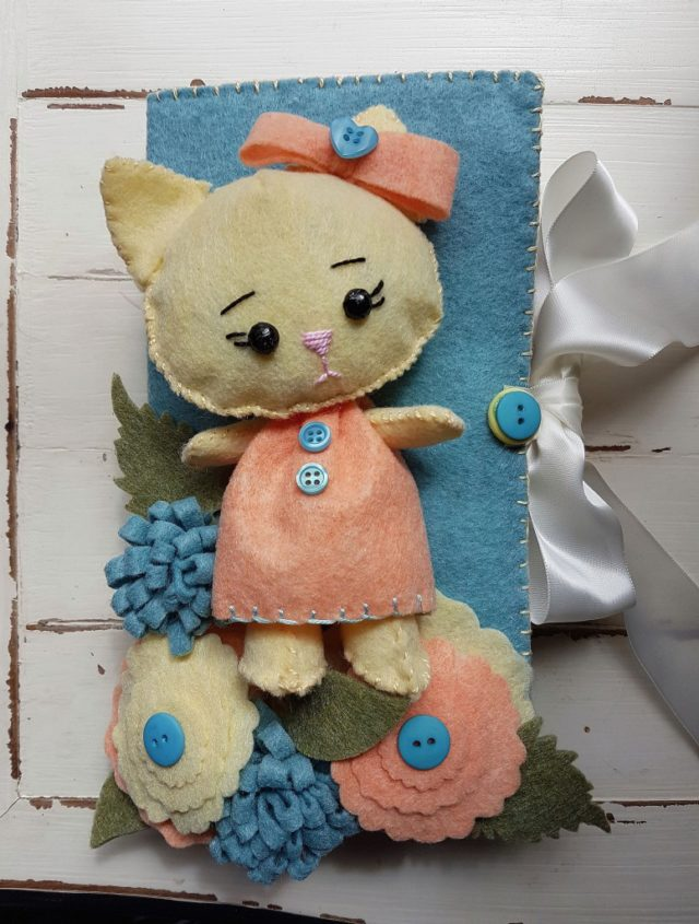 Heartfelt Sizzix Collection with Kunin Felt: Felt Kitty Doll Journal by Debra Quatermain